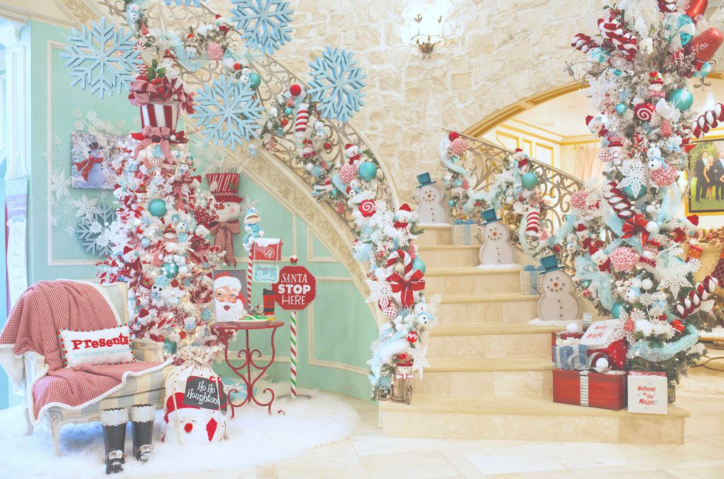 This year, the foyer in Jennifer Houghton's home in University Park was decorated with Tiffany blue and red Christmas decorations.