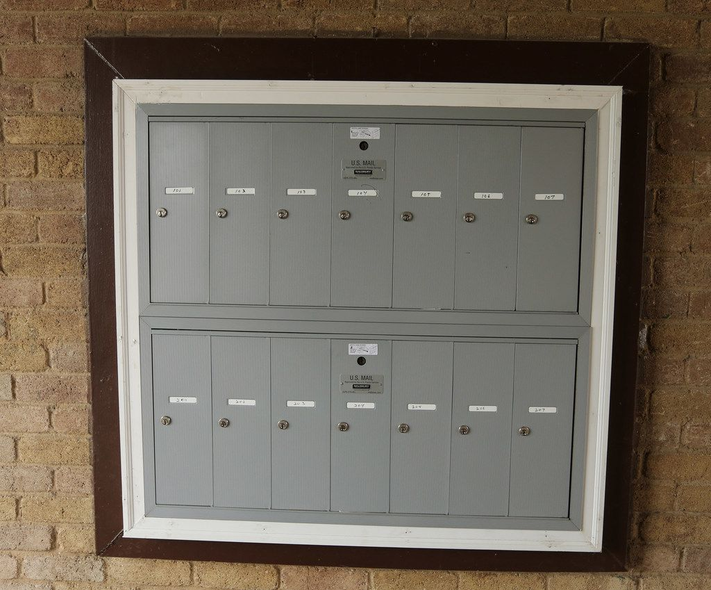 Mailboxes that never locked have been replaced at the 14-unit apartment complex located at 3006 Holmes St. in South Dallas.