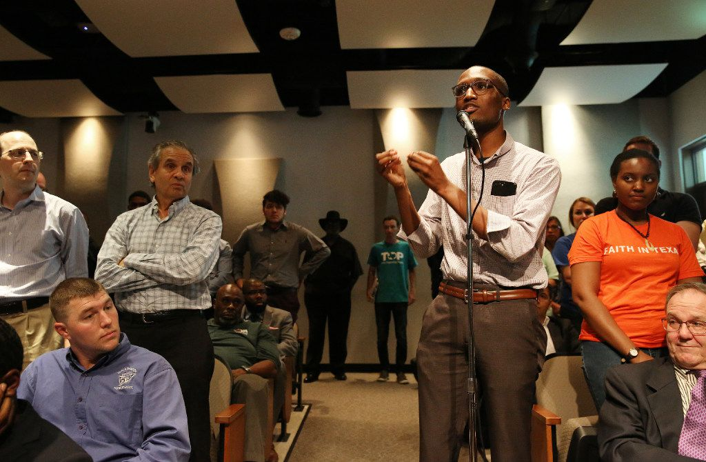 Demarcus Offord speaks in favor of a tax ratification election during a public hearing and board meeting of the Dallas Independent School District at the Dallas ISD headquarters on Aug. 18.