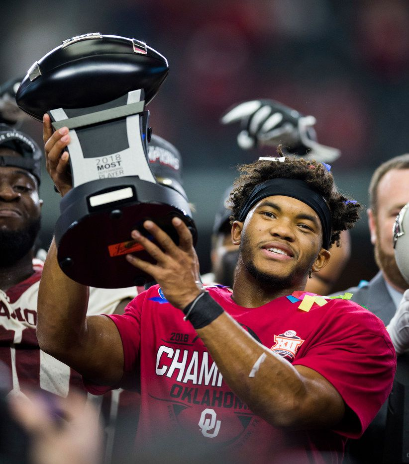 Oklahoma Sooners quarterback Kyler Murray (1) received the MVP award after winning the Big 12 Championship football game between the Texas Longhorns and the Oklahoma Sooners on Saturday, December 1, 2018 at AT&T Stadium in Arlington, Texas. The Sooners won 39-27. (Ashley Landis/The Dallas Morning News)