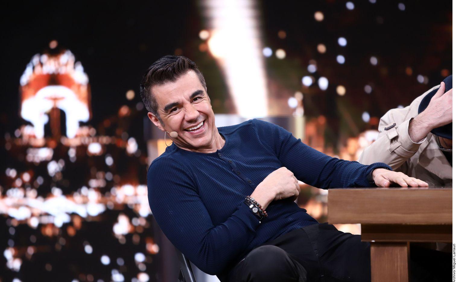 Tras su éxito en la comedia para televisión Nosotros Los Guapos junto a Ariel Miramontes y su gira Emparejados con Consuelo Duval, el actor de 46 años, Adrián Uribe (foto), dijo que todavía tiene mucho que explorar en la pantalla grande. AGENCIA REFORMA