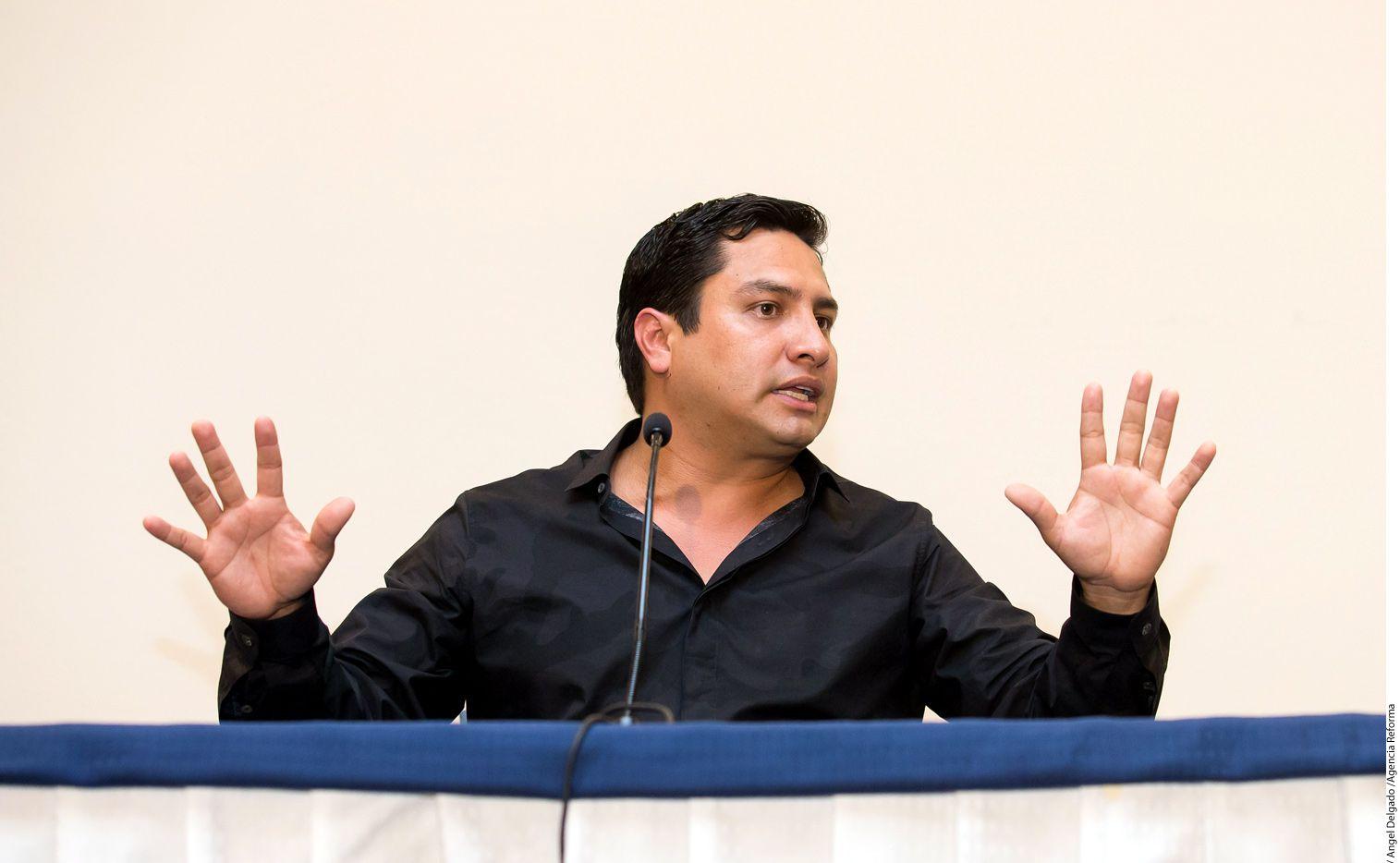 Julión Álvarez dijo que veía venir la cancelación de contratos, o la suspensión de los mismos, luego de que el Departamento del Tesoro de Estados Unidos lo incluyera en su lista de personas con nexos con el narcotráfico./ AGENCIA REFORMA