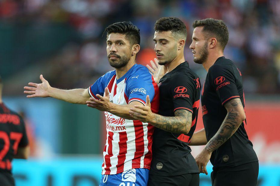 el Atlético de Madrid se enfrentaron a las Chivas el martes por la noche en Arlington por la International Champions Cup