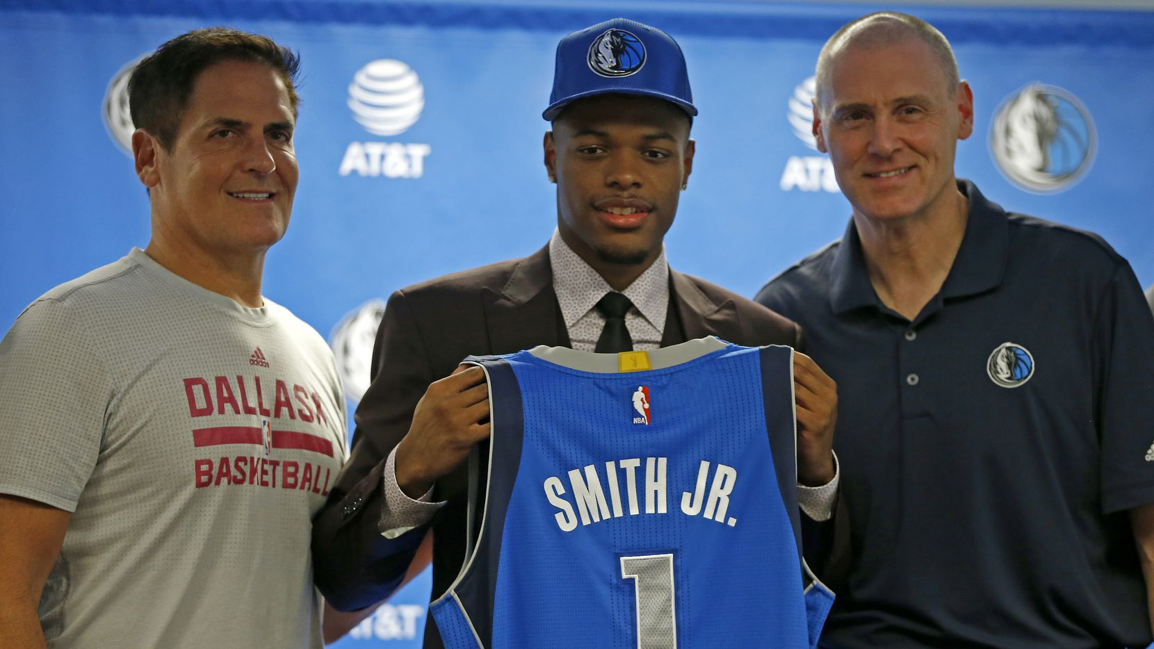 on sale 91089 c4efd Dennis Smith Jr. will wear No. 1 as a Maverick. Why? Better ...