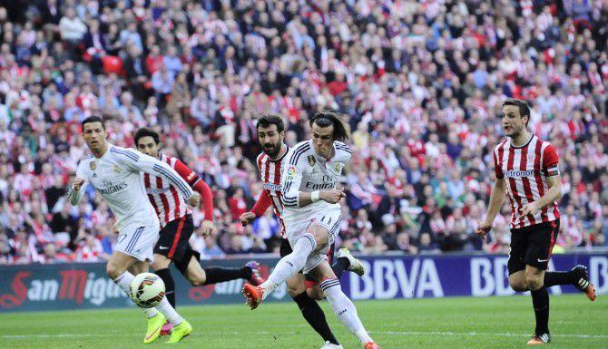 Gareth Bale y el Real Madrid cayeron el fin de semana 1-0 ante Athletic de Bilbao en la liga española. (AP/ALVARO BARRIENTOS)