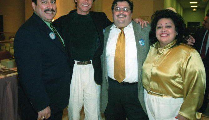 Cindy Benavides-Luna (der.) era promotora de eventos y causas latinas en Dallas-Fort Worth. (DMN/ARCHIVO)