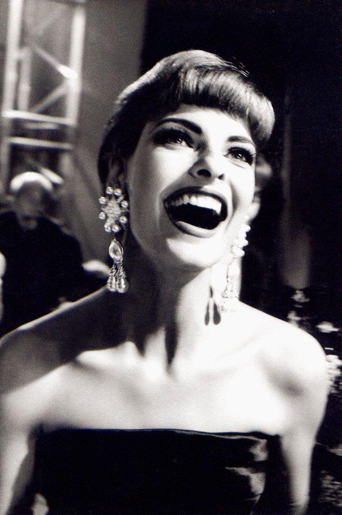 Linda Evangelista, Valentino, Paris, 1991