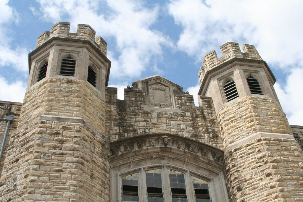 A viewing party in Jefferson City, Mo., in the path of totality, is scheduled at the former Missouri State Penitentiary.
