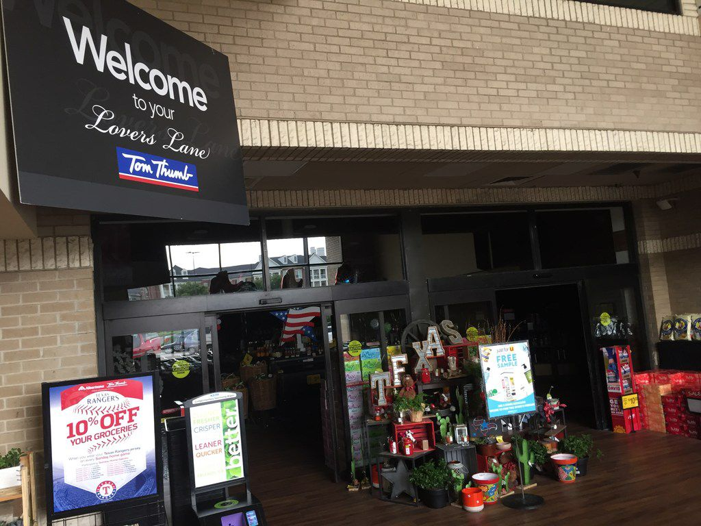 The Tom Thumb store on Lovers Lane just east of Greenville Avenue didn't lose power  until two days after the storm. On Tuesday,  a nearby transformer went out.
