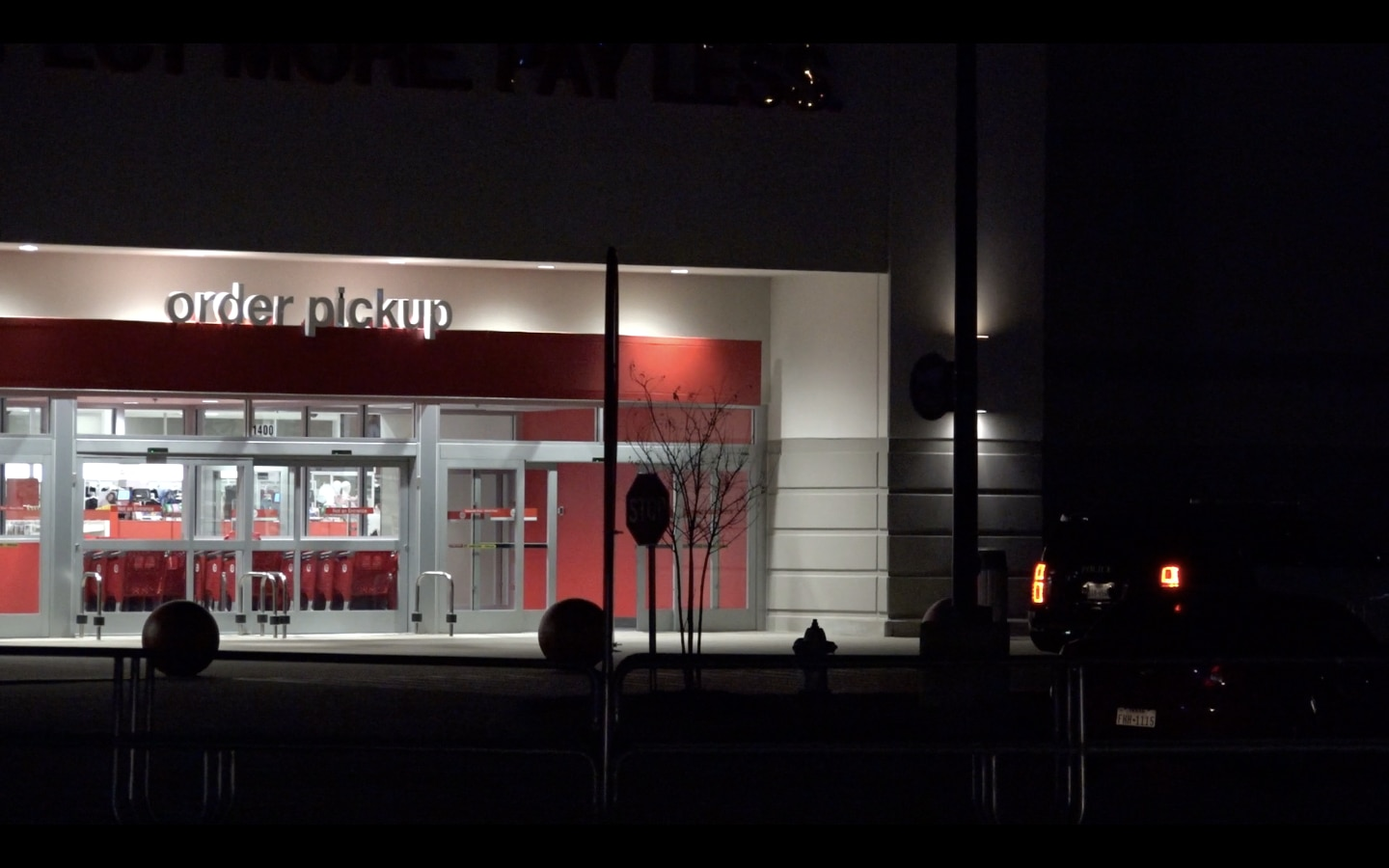An hour-long search at a Target store in Hurst produced no suspects in a burglary that occurred there around 4:30 a.m.