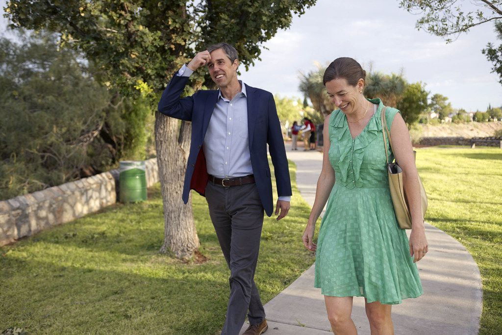 Democratic presidential candidate Beto O'Rourke and his wife, Amy, arrive at a campaign re-launch on August 15, 2019 in El Paso.