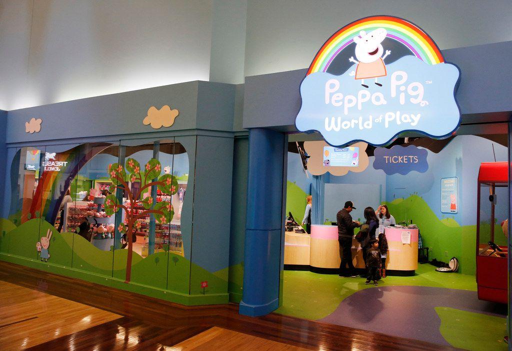 Esta instalación es la primera de Peppa Pig World of Play en Estados Unidos. La primera está en Shanghai, y se planea otra en Michigan.  Vernon Bryant/The Dallas Morning News)