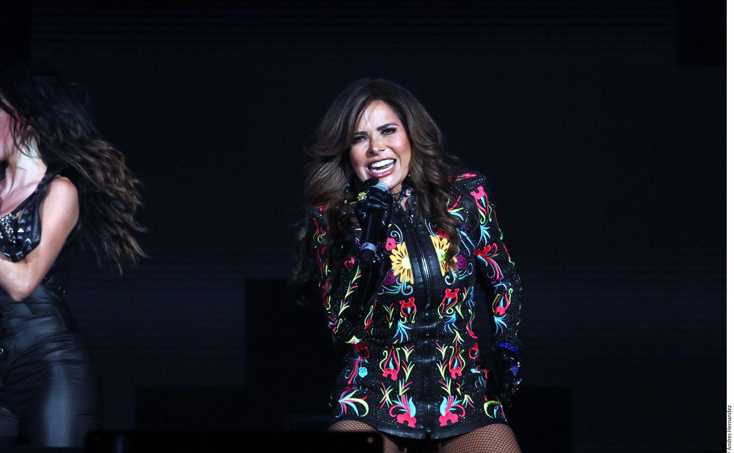 """""""Como siempre he sido un libro abierto musicalmente, le dije: 'quiero escribir una balada'. No es casualidad que Joss tenga esa sensibilidad dentro de la música regional mexicana"""", argumentó la cantante Gloria Trevi./ AGENCIA REFORMA"""