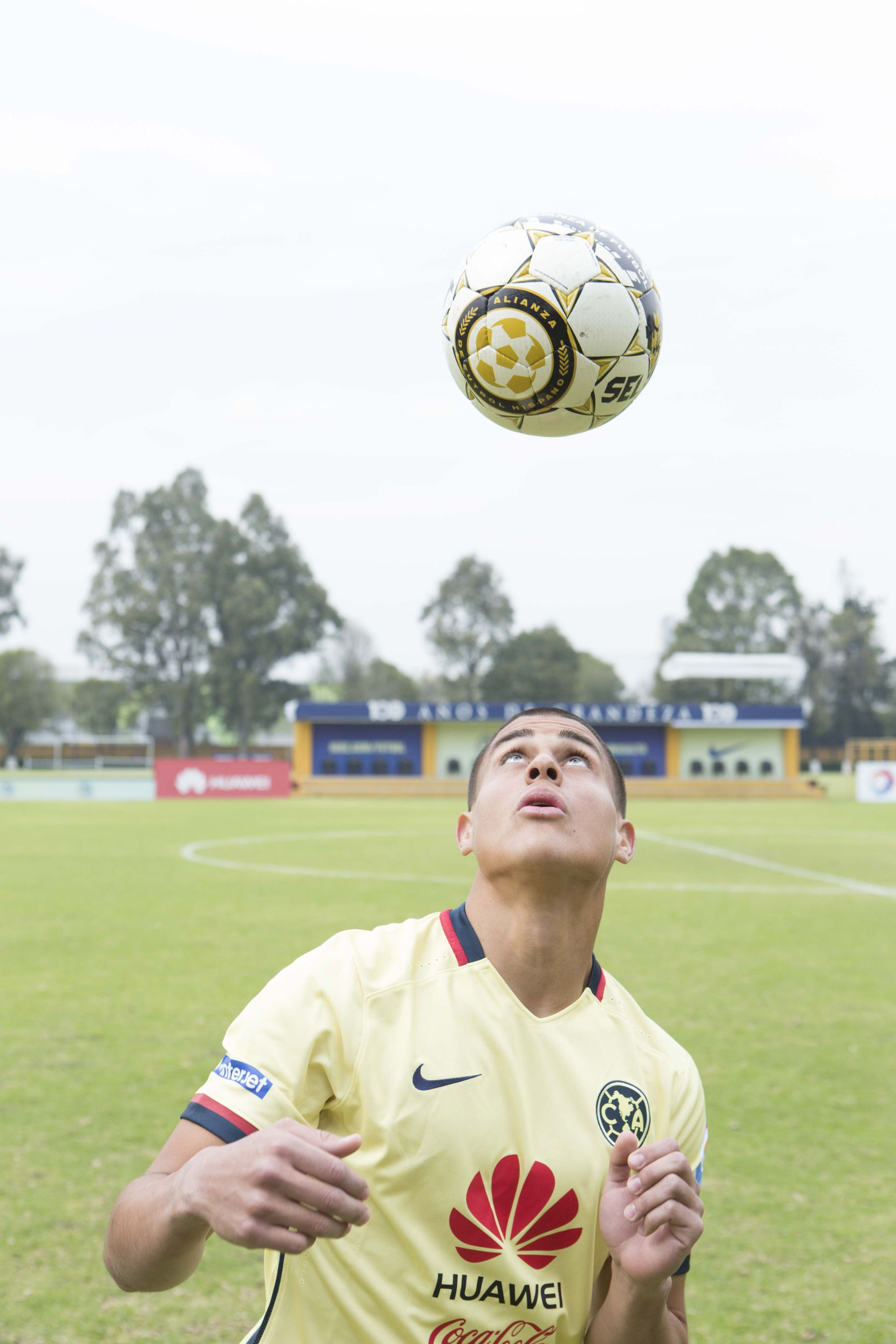 Ricardo Zacarías juega con el América Sub-20.