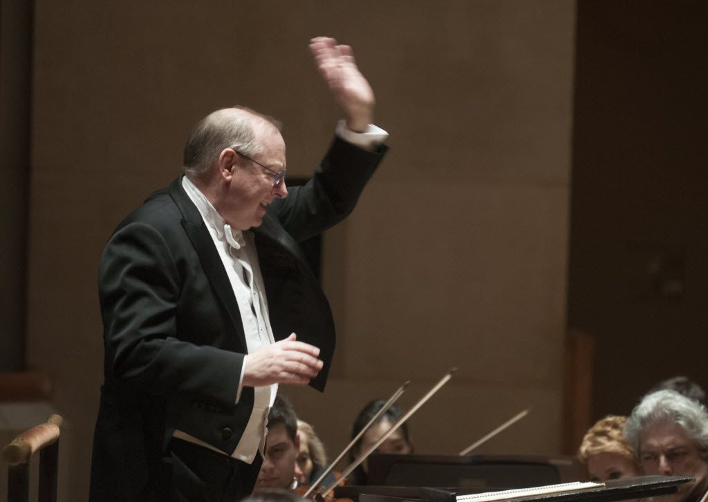 Nicholas McGegan conducts the Dallas Symphony Orchestra on  Jan. 22, 2015.