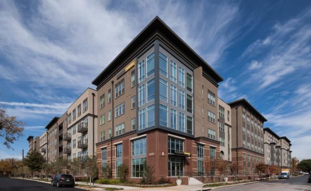 The Avenue on Fairmount apartments in Oak Lawn were also sold.