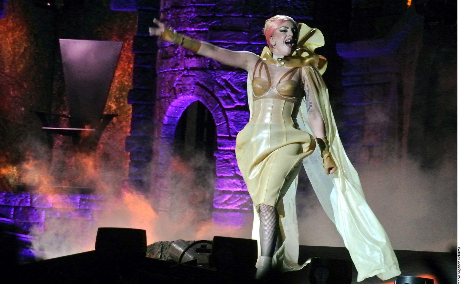 Lady Gaga sufre de una enfermedad caracterizada por el dolor crónico muscular/AGENCIA REFORMA