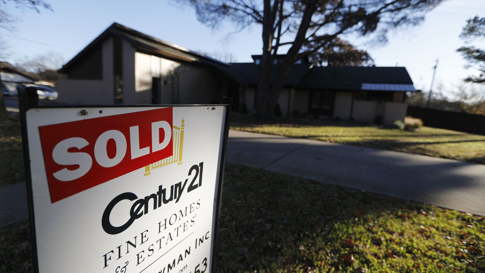 Home sales were higher in more than half of Dallas-area residential districts in 2017.