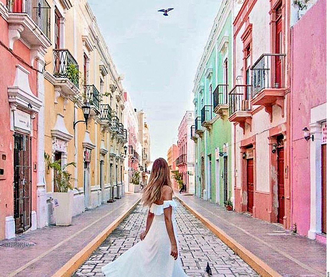 La capital de Campeche, San Francisco de Campeche, es una ciudad que marida casas de estilo colonial con una historia como puerto marino que, por su gran importancia, debía estar listo para combatir a los piratas. (AGENCIA REFORMA)