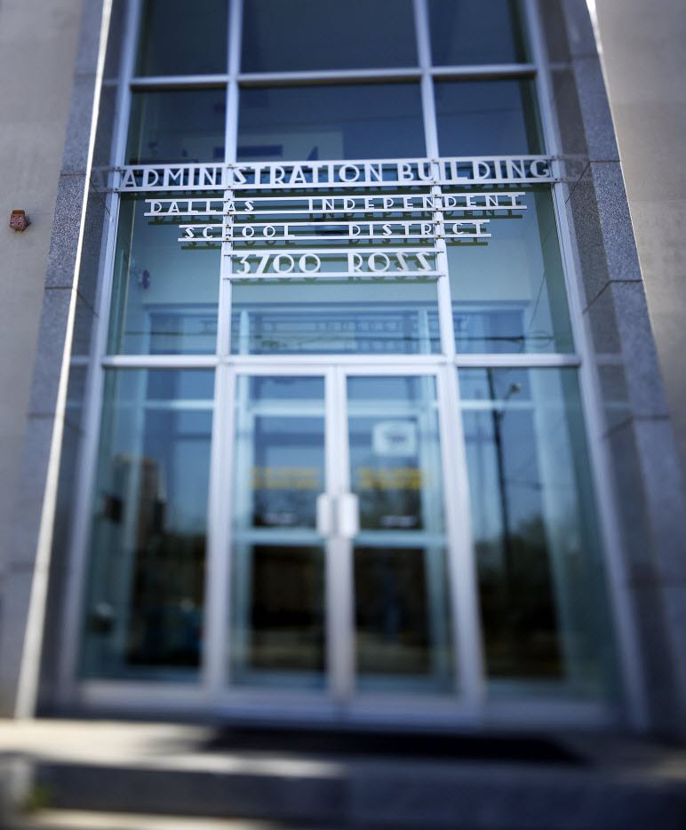 The entrance of DISD Administration Building on Ross Avenue in Dallas on February 28, 2014.  (Kye R. Lee/The Dallas Morning News) -- Dallas ISD, Dallas Independent School District