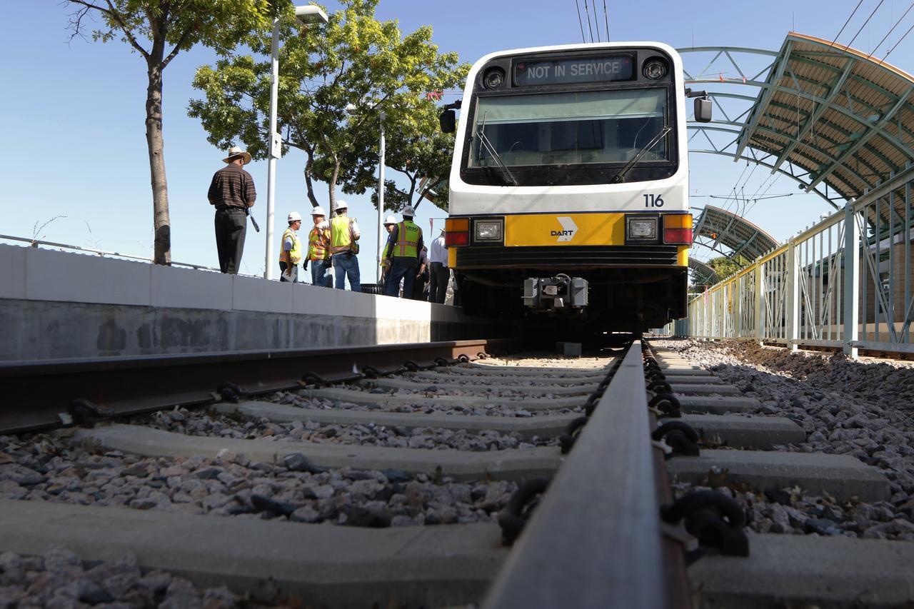 La extensión de la línea azul, que va de la estación Ledbetter a la de UNT Dallas, busca impulsar el desarrollo en el sur de Dallas. (DMN/DAVID WOO)