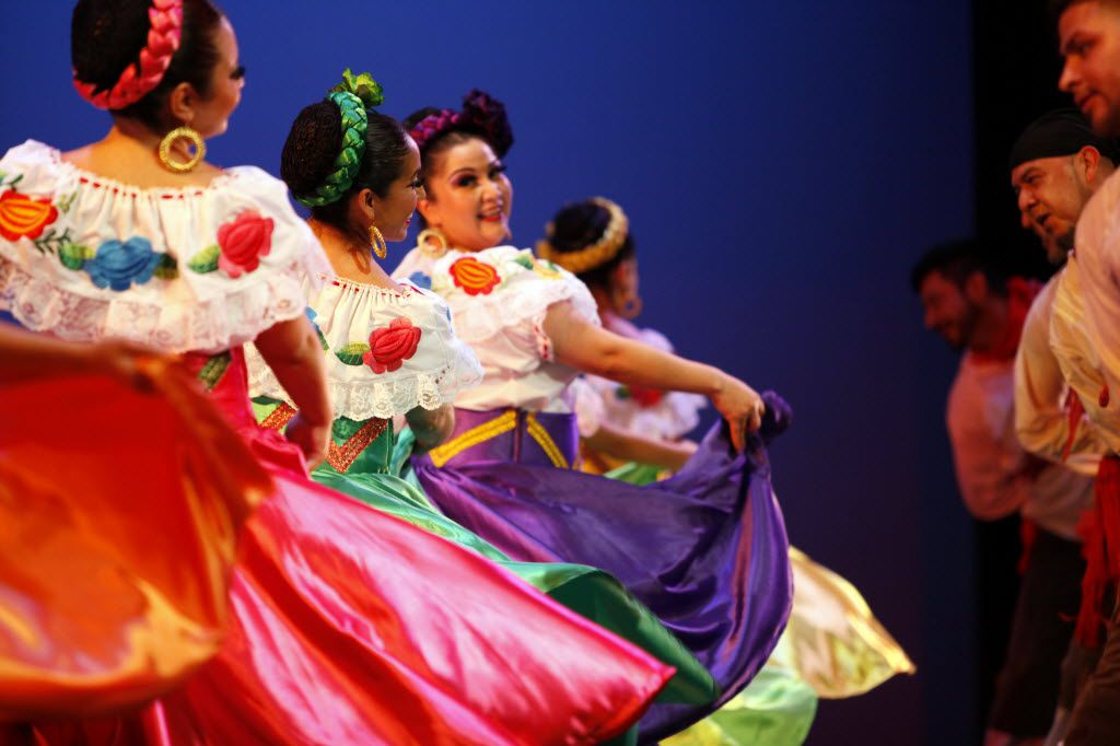 Alegre Ballet Folklorico performing in 2014 at the Latino Cultural Center in Dallas.
