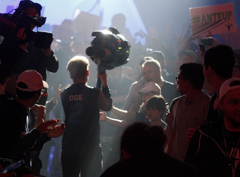 OGE runs through the crowd as he was introduced for the Overwatch League match between the Dallas Fuel and the Houston Outlaws in Allen, Texas on Sunday, April 28, 2019.