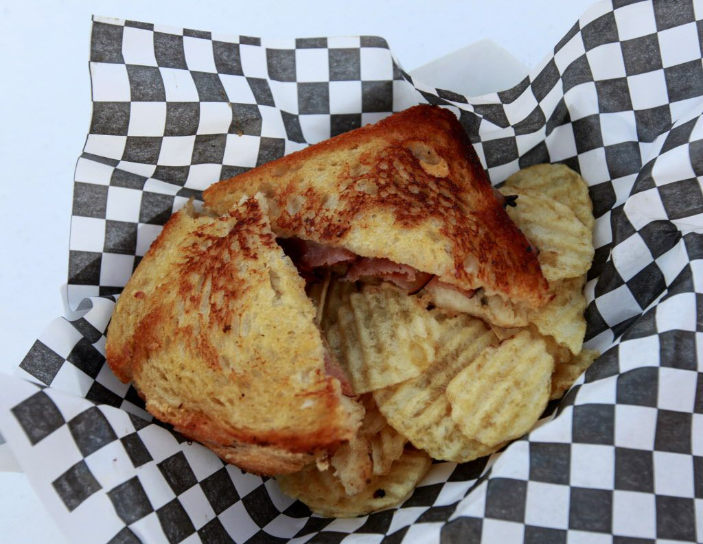 Grilled cheese, glorious grilled cheese!