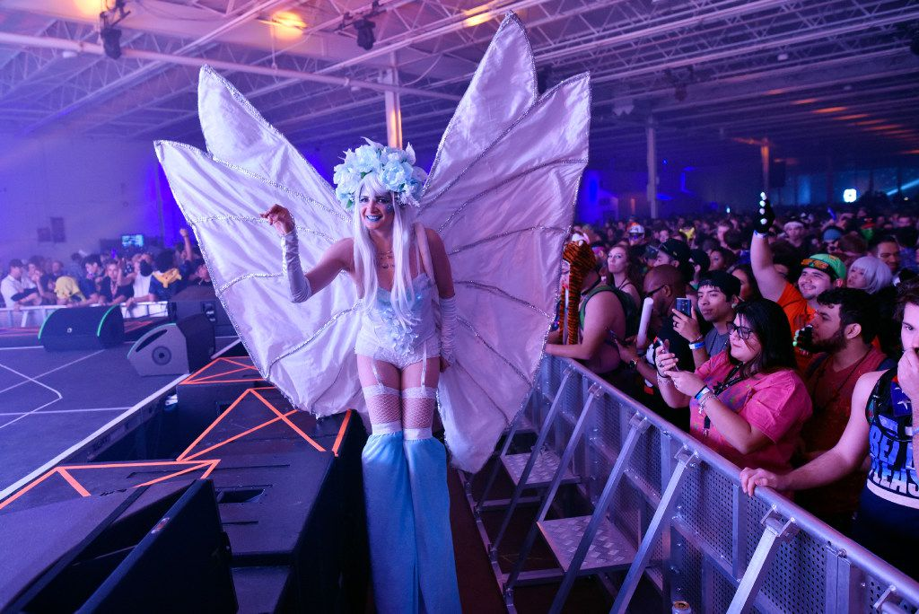 A dancer performs at the satellite stage during the electronic dance music festival Lights All Night at Dallas Market Hall, on Dec. 31, 2016 in Dallas. The event hosted neon costumes, professional dancers, and electronic dance DJs from around the world. Ben Torres/Special Contributor