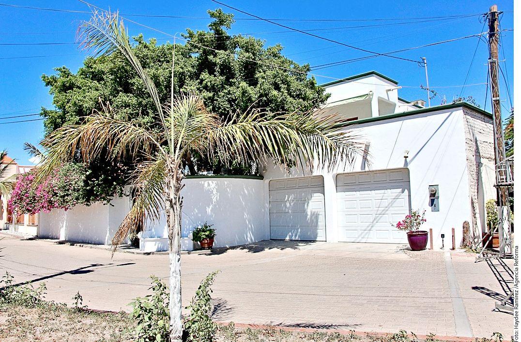 Vivió Juan Gabriel sus últimos años en esta casa en la comunidad de San Carlos; Guaymas, la compró porque tenía bugambilias./AGENCIA REFORMA