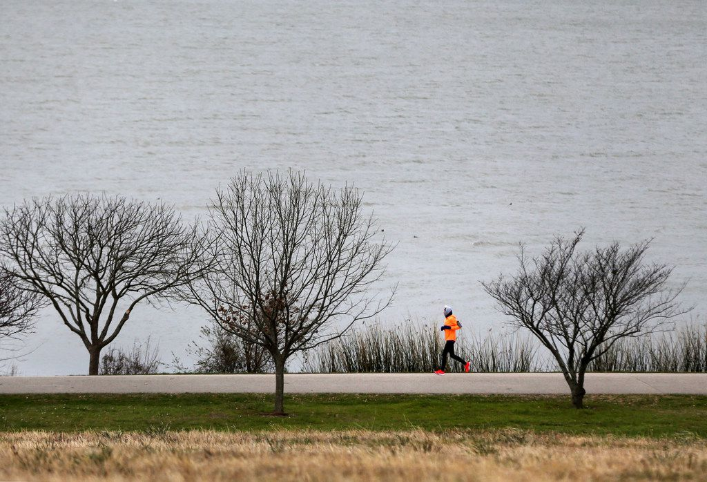 Susan Tiner ran in 24-degree weather at White Rock Lake in Dallas on the morning of March 4, 2019.