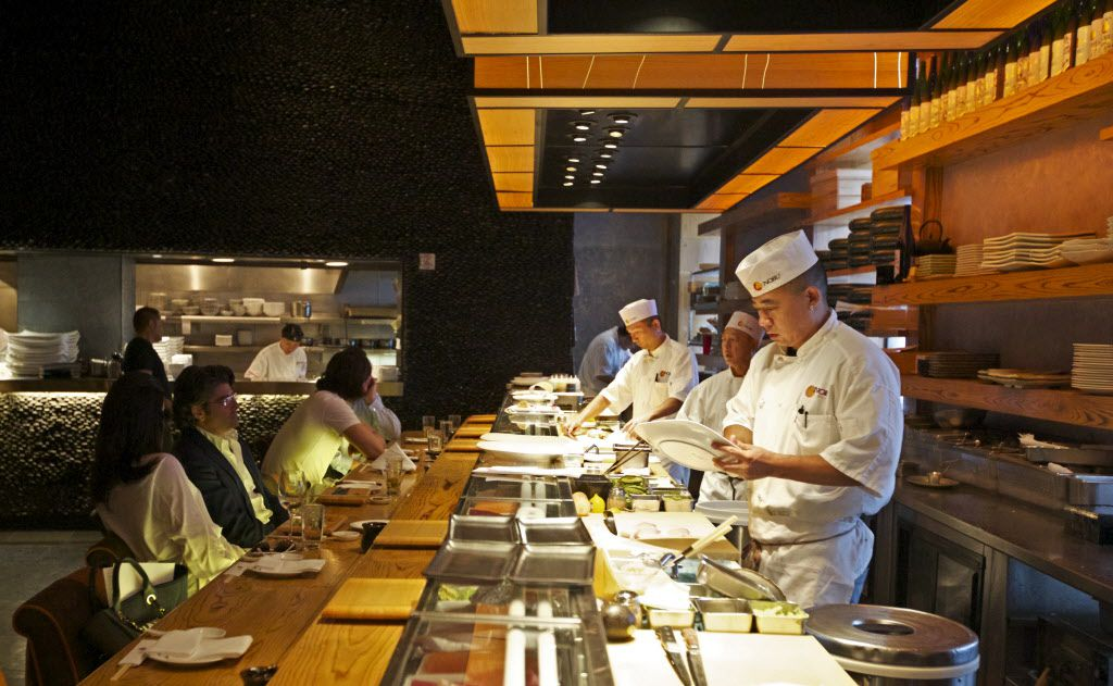 Nobu Dallas' sushi bar