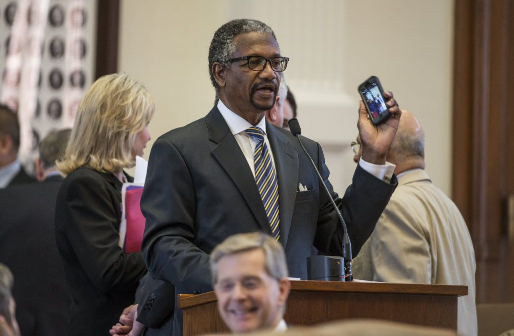 Rep. Harold V. Dutton Jr., District 142, argues whether or not a bill, a statewide ban on texting while driving, could be enforced correctly by law enforcement across Texas. AP Photo/Austin American-Statesman, Ricardo B. Brazziell)