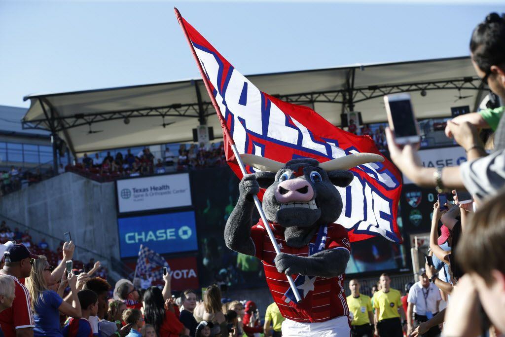 FC Dallas mascot Tex Hooper leads the team onto the field against Seattle Sounders at Toyota Stadium in Frisco, Texas Oct. 16, 2016.   (Nathan Hunsinger/The Dallas Morning News)