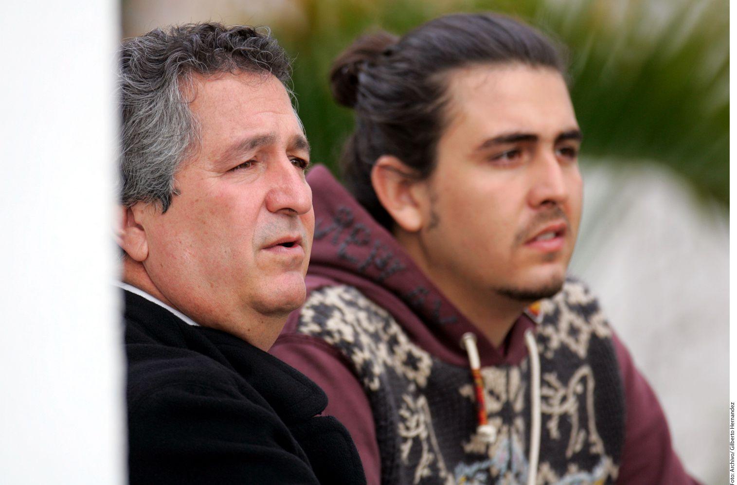 Jorge Vergara y su hijo Amaury Vergara Zatarain. Foto Agencia Reforma