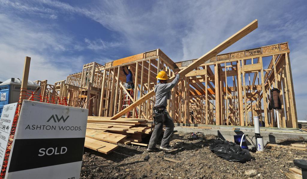 En Dallas se proyecta una disminución en los arranques de construcción de nuevas casas. El principal problema es que son más caras que las casas antiguas. (AP/LM Otero)
