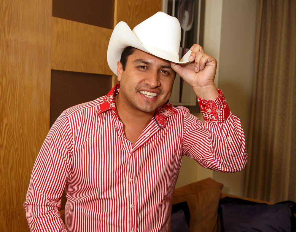 """Julión Álvarez, llamado también """"Rey de la Taquilla"""", dijo que experimentó en carne propia los sinsabores del éxito, de los que sólo había sido testigo cuando le ocurrían a sus colegas. /AGENCIA REFORMA"""