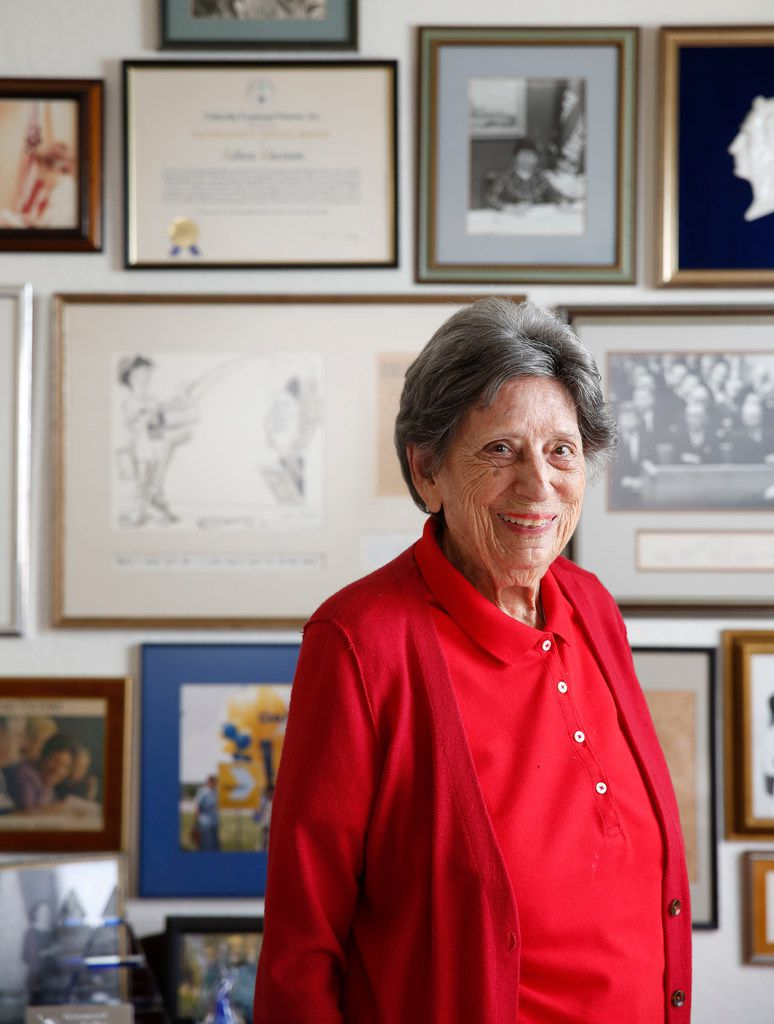 Adlene Harrison, Dallas's first female mayor, poses for a photograph at her home in Dallas on Friday, Nov. 9, 2018. (Rose Baca/The Dallas Morning News)