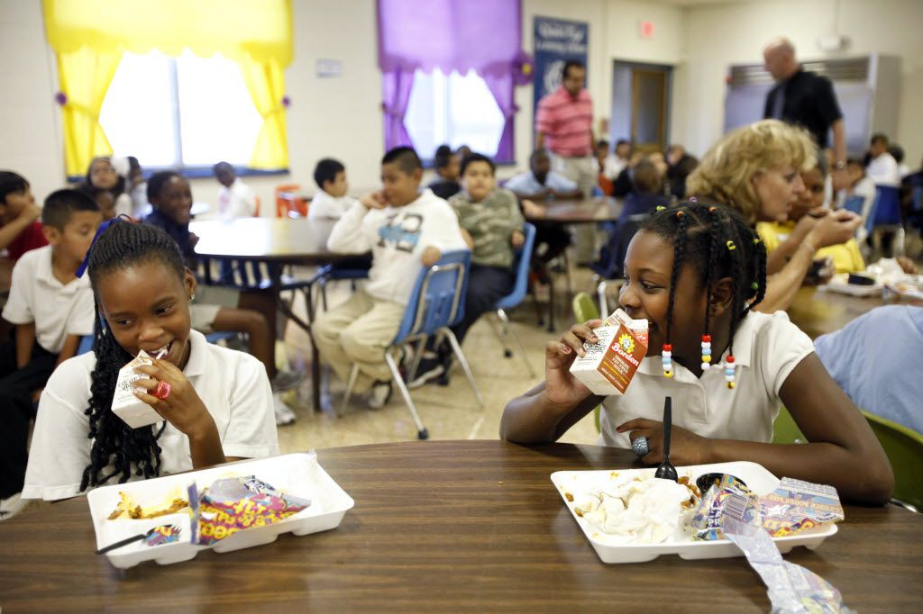 The increase in the cost of a hot lunch does not affect breakfast, a la carte pricing or qualification standards for free or reduced-price programs.