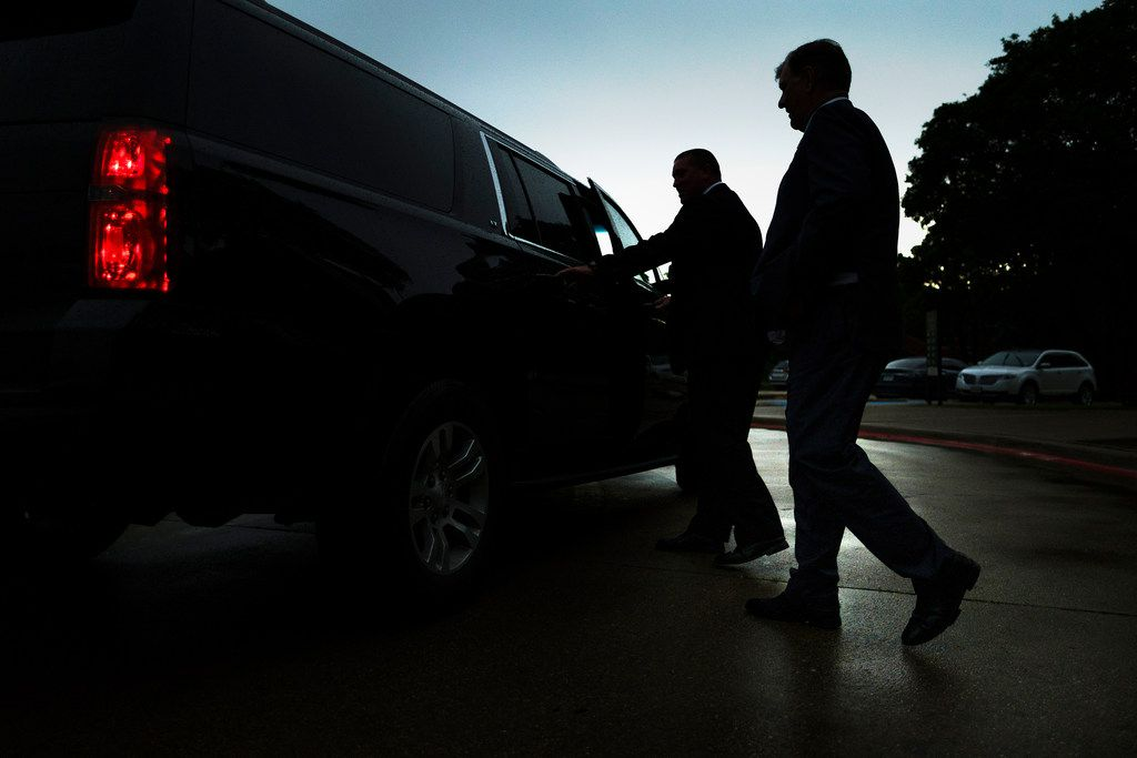 Dallas Mayor Mike Rawlings heads for his car during a break in an offsite City Council meeting at the Kleberg-Rylie Recreation Center  on May 8, 2019. (Smiley N. Pool/The Dallas Morning News)