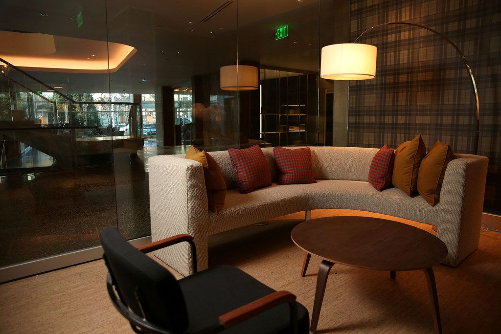 Scout at the Statler Hotel has a comfortable, lounge vibe.