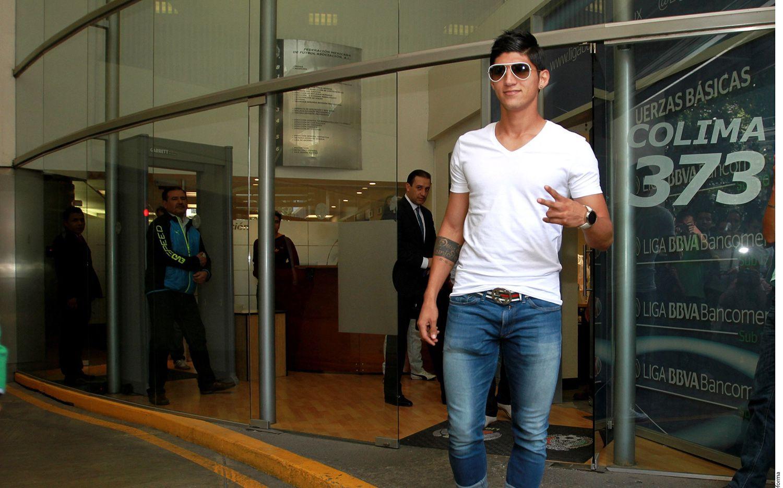 El futbolista Alan Pulido fue privado de su libertad anoche en Ciudad Victoria por varios hombres, confirman su hermano y su representante.