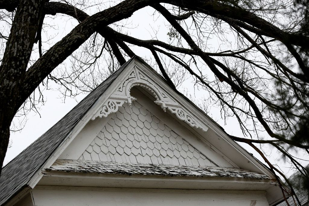 A detail of a house at 1923 N. Edgefield Ave. in West Dallas