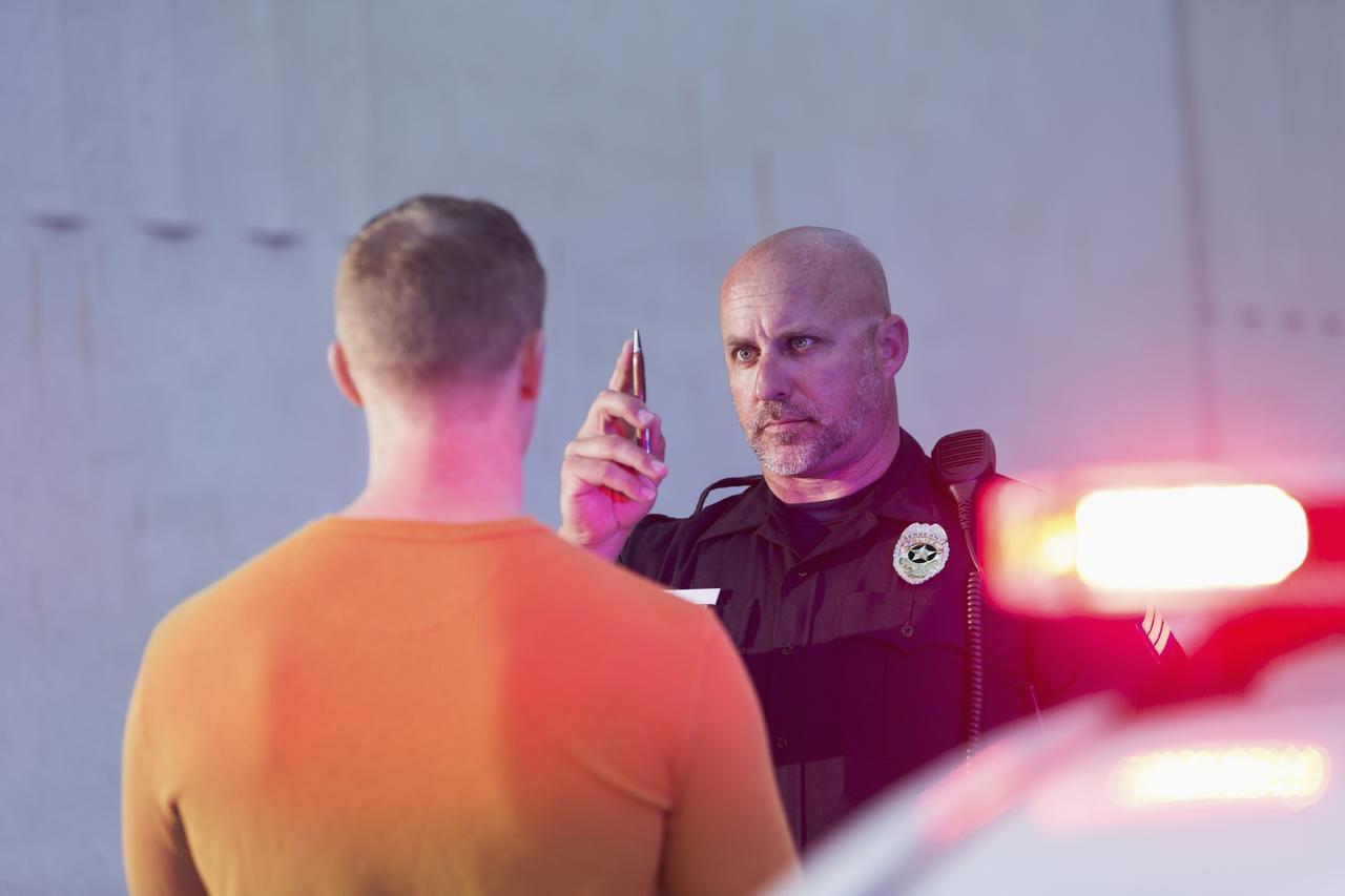 La policía de Dallas pedirá órdenes judiciales para hacerle pruebas de sangre a quienes se nieguen a someterse a un examen de detección de alcohol al ser detenidos, del viernes 30 al 3 de enero. (Foto iStock)
