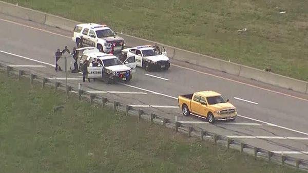 Un hombre se rehúsa a salir de su vehículo en la I-80, a la altura de Sunnyvale.