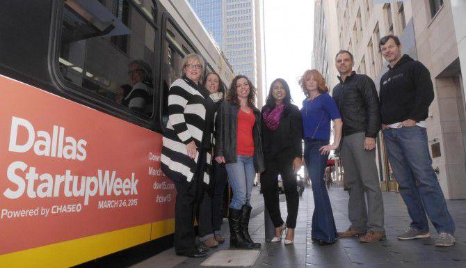 De izquierda a derecha: Fiona Schlachter, Jennifer Foster, Sarah White, Polo Patel, Erin O'Brien, Jeff Corkran y Michael Sitarzewski participarán en la Semana de Nuevas Empresas en Dallas. (DMN/RON BASELICE)
