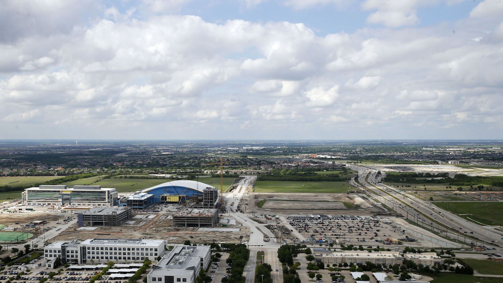 Frisco for several years has marketed huge projects along the Dallas North Tollway as the $5 billion mile.