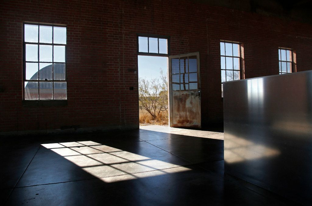 View of outside from the last piece in the front barn, Donald Judd, 100 untitled works in mill aluminum, 1982-1986, at the Chinati Foundation in Marfa  (Guy Reynolds/ Dallas Morning News, © 2017 Judd Foundation / Artists Rights Society (ARS), New York)
