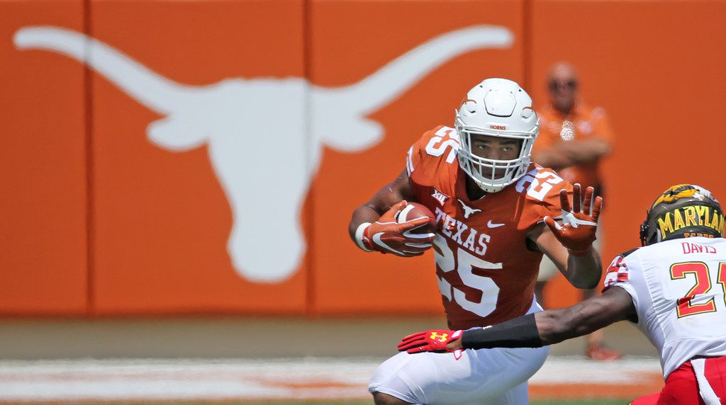 Texas Longhorns running back Chris Warren III (25) is pictured during the University of Maryland Terrapins vs. the University of Texas Longhorns NCAA football game at Darrell K Royal Texas Memorial Stadium in Austin, Texas on Saturday, September 2, 2017. (Louis DeLuca/The Dallas Morning News)