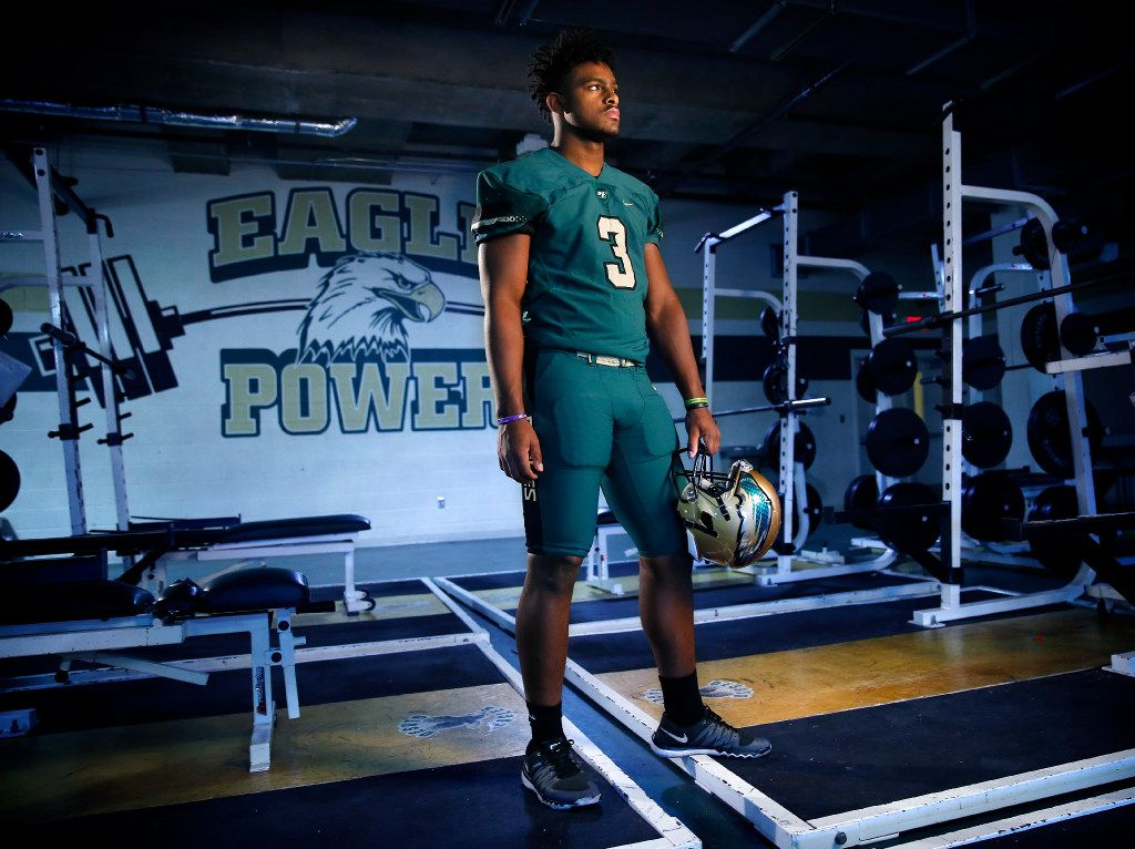 The Dallas Morning News Offensive Football Player of the Year Shawn Robinson of DeSoto High School is photographed in the workout room, Thursday, December 29, 2016. The senior quarterback has signed on to play at TCU next year. (Tom Fox/The Dallas Morning News)